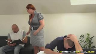 busty mom makes a threesome with two guys